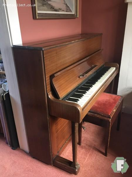Piano  at www.freetocollect.co.uk