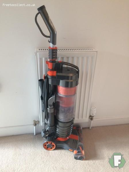 Vac upright vacuum cleaner  at www.freetocollect.co.uk