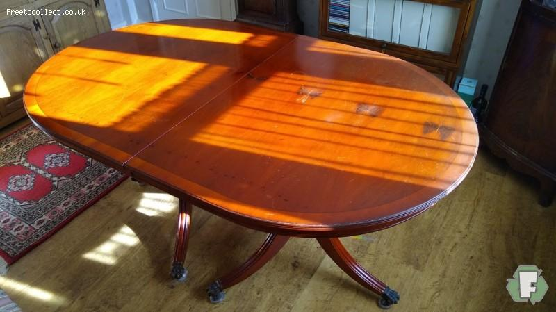 Yew Dining Table  at www.freetocollect.co.uk